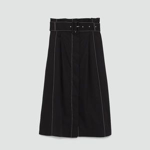 ZARA Skirt with contrasting top stitching size S